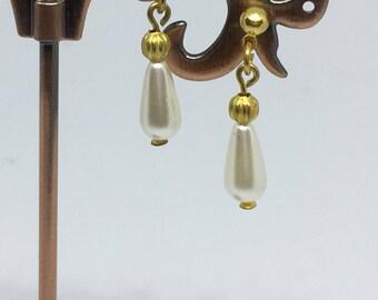 Small Glass Pearl Drop And Gold Bead Stud Earrings Bride Bridesmaid Handmade