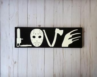 Horror Movie Love wooden sign, I Love Horror, Horror Movie sign, Horror Love sign, Scary Movie, Scary Movie Love, I love Scary Movies sign