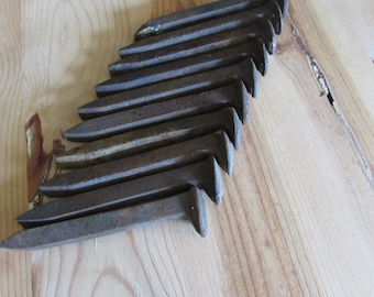 Old Rusty Railroad Spikes Lot of 10.