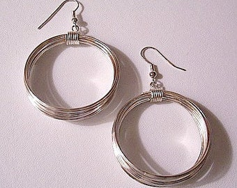 Wire Strand Big Hoops Pierced Earrings Silver Tone Vintage Wrapped Graduated Open Rings