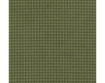 Maywood WOOLIES Soft Green 18122-G2 Weave Plaid Flannel Fabric BTY 1 Yd