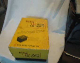 Vintage Kodak a-b-c Photo Lab Darkroom Outfit With Metal Printing Box, collectable