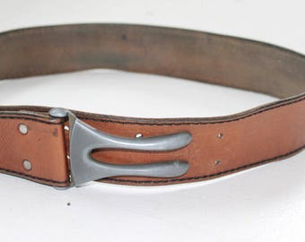 Leather belt with closer brown leather belt leather belt brown belt leather belt