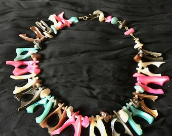 1950's - Multicolor Polished Shell Choker Necklace