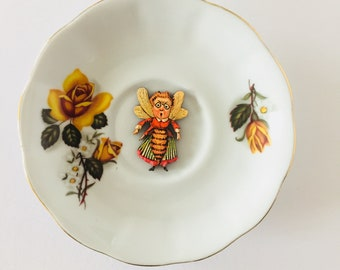 Half Bee-Half Woman on White Display Plate 3D Sculpture with Yellow Rose Flower Design for Wall Decor Birthday Wedding Anniversary Gift