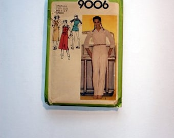 Juniors' Overalls, Overall Shorts, Jumper - size 5 and 7 vintage sewing pattern, UNCUT out-of-print 1979