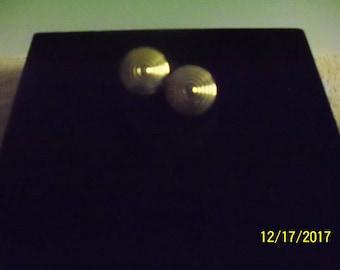 """Swirl Design Gold Tone Pierced Earrings Studs 0.75"""" Diameter 1980's"""