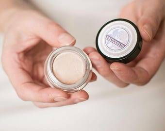 Meadow Glow Highlighter Makeup - Luminizer, Face Highlighter, Natural Glow - Vegan makeup - Cruelty Free - Natural mineral makeup - organic