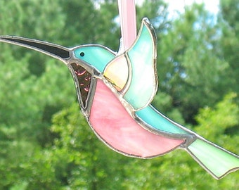 Hummingbird stained glass 3D sun catcher, window hanging ornament, mother's day gift, garden art, outdoor garden decor, gift for grandmom