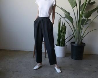 silk black pleated pants / easy fit trousers / silk baggy pants / us petite 6 / 26 waist / 3747t / B15