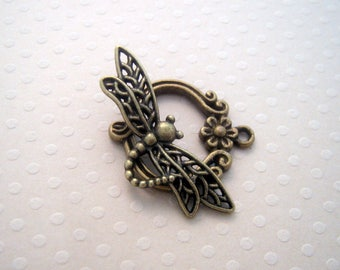 Dragonfly toggle clasp bronze 22 x 26 mm - FB 0440