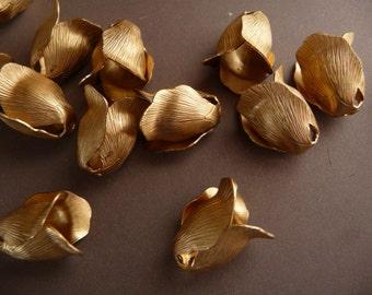 6 Rose Bud Bead Caps in Brass