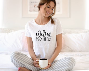 Wifey for Lifey Short Sleeve T-Shirt | Customize with your shirt color, vinyl color | Wedding Party | Gifts for the Bride | D2