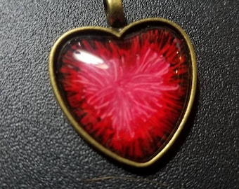 25 mm red heart pendant