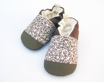 Classic Vegan Peace Out in Brown / Non-slip Soft Sole Baby Shoes / Made to Order / Babies Toddler Preschool