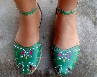 """Leather Sandals Handmade Green Leather Shoes Vintage Style Leather Shoes Summer """"BONECA"""""""