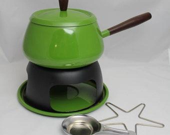 Green Dolphin Japan Fondue Pot