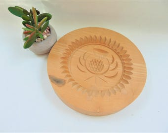Shortbread Mould Stanley Whyte Thistle Motif Vintage Scottish Cookie Biscuit Mould Wooden Baking Cookware