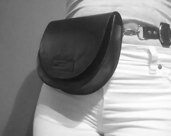 waist bag handbag shoulderbag handmade flap magnet genuine leather horseshoe montreal pouch custom black