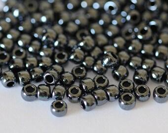 TOHO Seed Bead 6/0 ~ Metallic Hematite ~ 8g-24g (TR-06-81) E-5