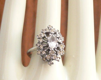 glass cluster ring size 6 18k overlay