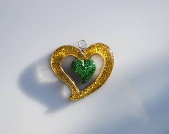 Resin gold pendant heart glitter 54 mm