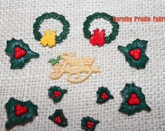 BUTTON DECK the HALLS Wreaths and Seasons Greetings buttons set of 11