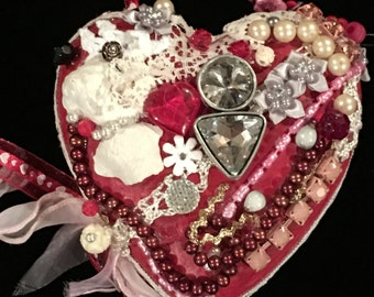 KISSES...a handmade heart you will LOVE!