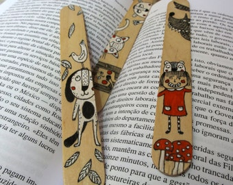 Wood Bookmarks with Unique Illustration [Girl and Wolf, Dog and Bird, Girl, Cat and Bear] - Set of 3
