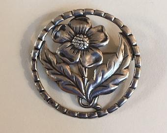 Vintage Sterling Silber gestempelt einzelne Blume mit Blättern in runden Zierrahmen Brosche