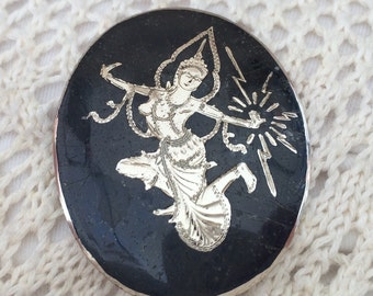 Large Vintage Siam Silver Nielloware Brooch Or Pendant, Decorated With 'Mekala' The Goddess Of Lightning