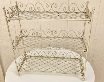 Vintage Chippy White Wire Display Shelf, Mid Century Collapsible Garden Shelf