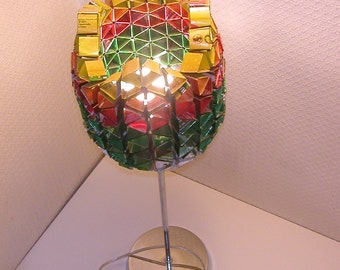"""Recycled cans """"Tulip"""" table lamp"""