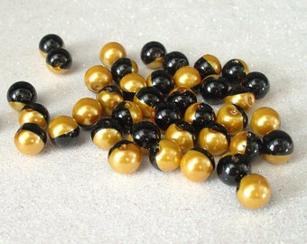 ROUND 8MM BLACK GOLD GLASS BEADS