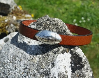 Covering mens leather bracelet