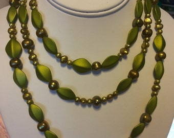 Green Pearl Beaded Triple Necklace