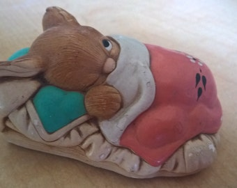 Sleeping Bunny PEEPS FIGURINE Pendelphin Studios England Paperweight