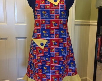 KU full apron. Reversible apron. Gift for her, Grandma, Mom, Sister, Aunt, Christmas, basketball, hostess, housewarming. Tailgate in fashion