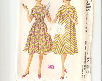 Vintage UNCUT McCall's Sewing Pattern 5916 for Dress or Lounger, Sz 18, 1960s