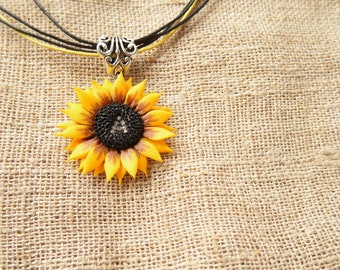 initial necklace Sunflower necklace personalized pendant polymer clay jewelry gift for her wedding jewelry bridesmaid jewelry initial gift