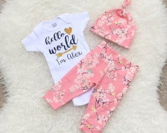 Hello World Newborn Outfit, Going Home Outfit, Hello World, Newborn Set, Personalized Bodysuit, Going Home Outfit Baby Girl, Newborn Set