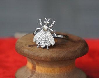 Solid Silver Antique Style French Bee Cicada Insect Ring