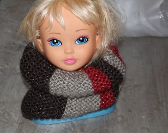 SNOOD black grey and red hands