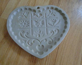 SALE    Pampered Chef Garden of the Heart cookie mold 1996
