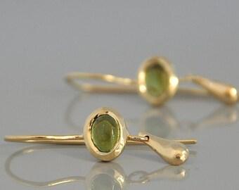 14k Gold Earrings , Green Tourmaline Birthstone , Dangle Gold Drop Earring , Gemstone Gold Jewelry , Solid Gold Drop Earrings , Gold Earring