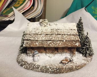 Small flocked cabin