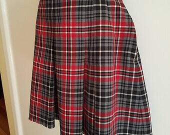 Vintage / Wool Blend / Tartan / Plaid / Punk / Schoolgirl / Check / Mini Skirt Size Small