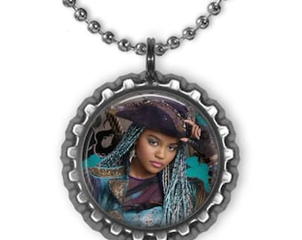 Disney DESCENDANTS 2 UMA 3D Bottle Cap Charm Necklace