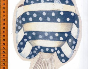 Fish 24 x 15 cm with stripes and polka dots grey textile application. Beautiful peach!
