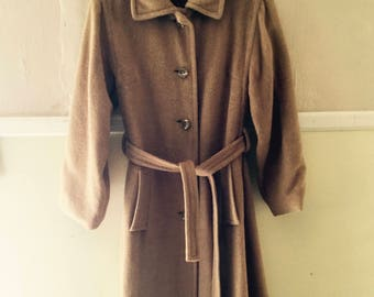 Gorgeous full length Ultima Brand 100% Camel Hair Coat With Paisley Lining